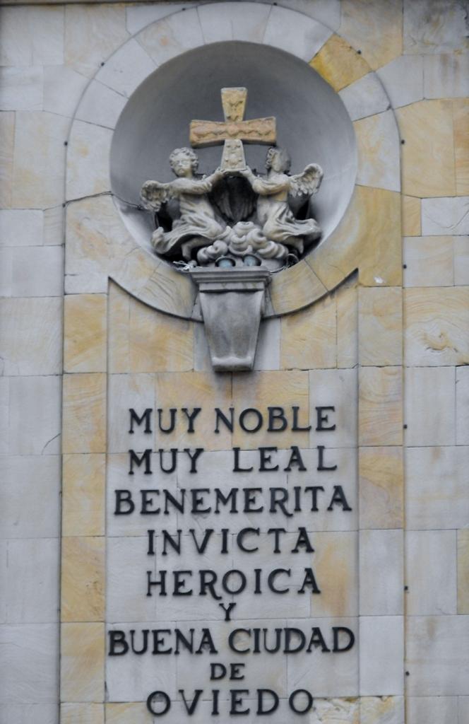 025-Oviedo-CascoViejo